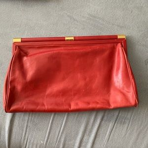 ABS red clutch